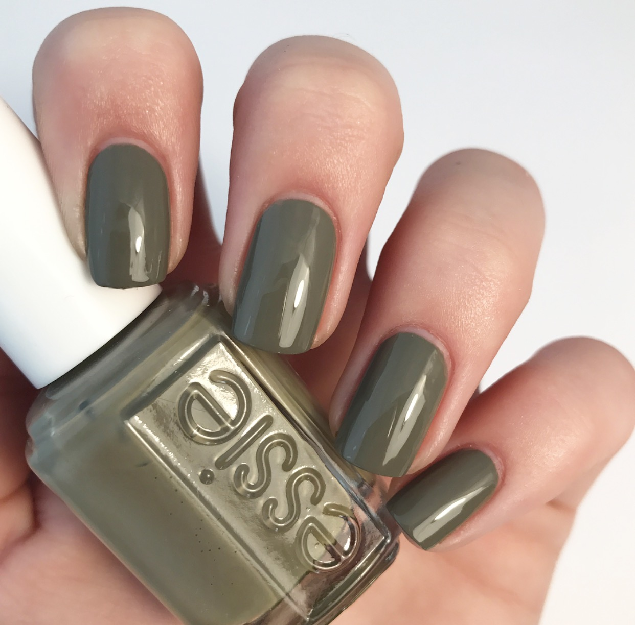 Favorite essie Polish For Fall 2017